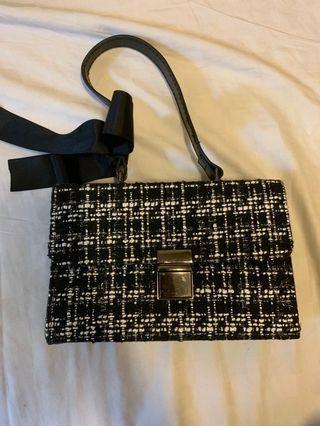 #轉轉香噴噴 包包。女包。小香風包包。小香風女包。小包。手提包