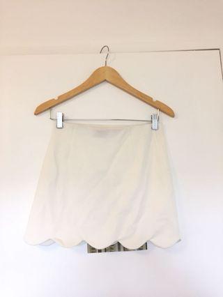 TOPSHOP Scalloped White Mini Skirt Size US 4