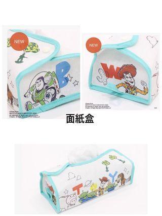 🚚 日本🇯🇵預購優惠 3coins  玩具總動員 胡迪 巴斯光年 三眼怪 面紙盒  零錢包 水壺套 壁吊袋 便利貼  環保袋 桌巾