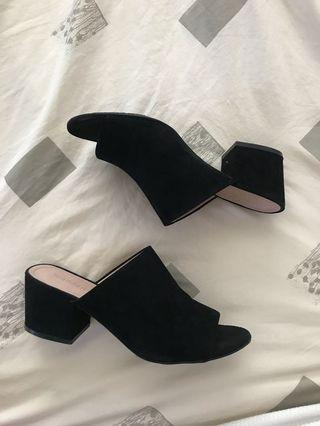STEVE MADDEN (madden girl) black slip on mules- size 6.5