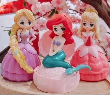 迪士尼 公主扭蛋 2 長髮公主,小魚仙,睡公主