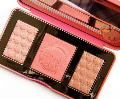 Too Faced Sweet Peach Highlighter Palette