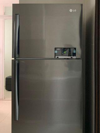 🚚 Preloved LG Fridge