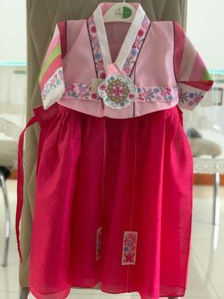 🚚 Korean Hanbok / traditional dress / racial harmony girls