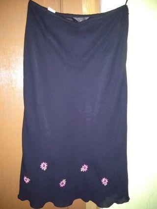 #maugopay Black Skirt
