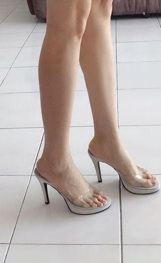 Opera white high heel