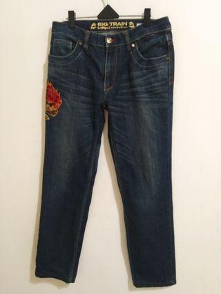🚚 BIG TRAIN牛仔褲