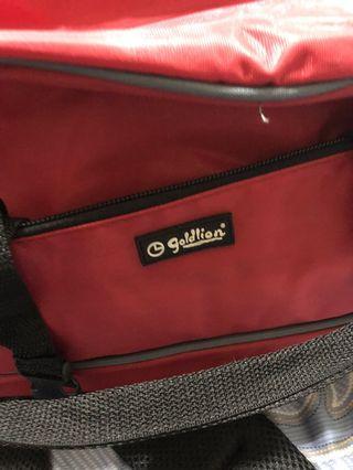 🚚 Two way travel bag(Goldlion)