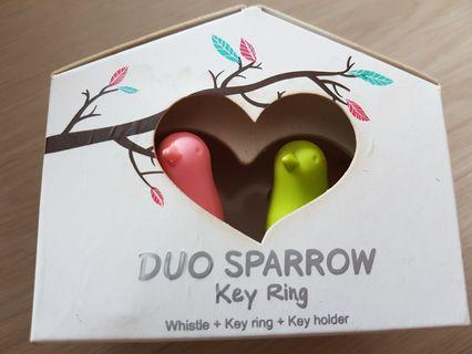🚚 Couple keyring: duo sparrow with holder