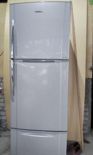 PETI AIS HYBRID 3 SECTION FRIDGE(USED) CONDITION 9/10