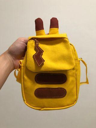 🚚 Pikachu sling bag