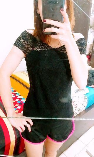 🏡 SABRINA LACE BLACK TOP
