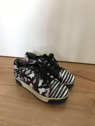 Kenzo printed canvas and patent platform