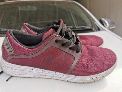 Pull & bear shoes size 42