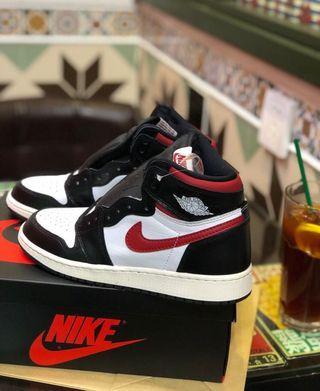 Nike Air Jordan 1 OG GYM RED US13