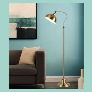 #北歐風座地燈      Classy Style Floor Lamp