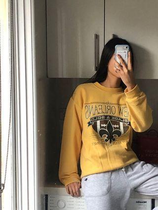 Vintage yellow sweatshirt