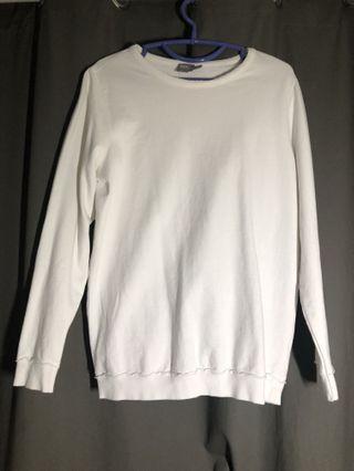 🚚 ASOS White Sweatshirt