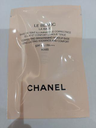 Chanel Correcting Brightening Makeup Base 2.5ml / SPF40 PA+++
