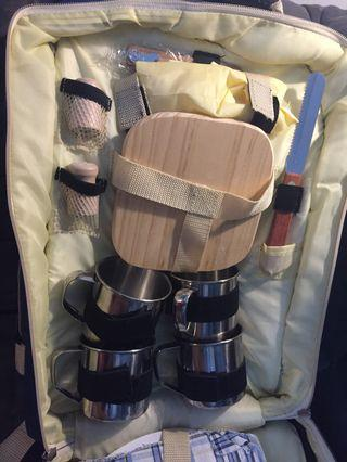 Picnic Set in a Backpack (4 person)