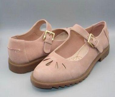Clarks shoes (dusty pink leather)
