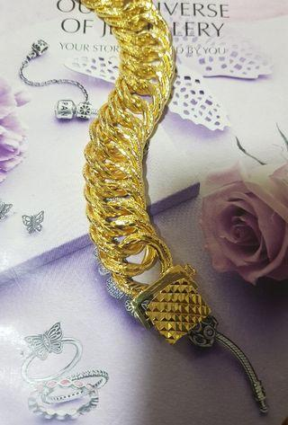 Bangkok gold Sajat Lipan 2.2cm width