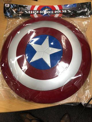 🚚 Captain America Shield with light and sound for kids (New)