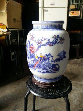 🚚 Vase