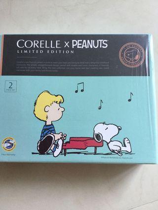 Corelle Peanuts 2 piece Serving Set