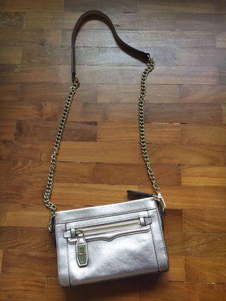 🚚 Rebecca Minkoff Sling Bag