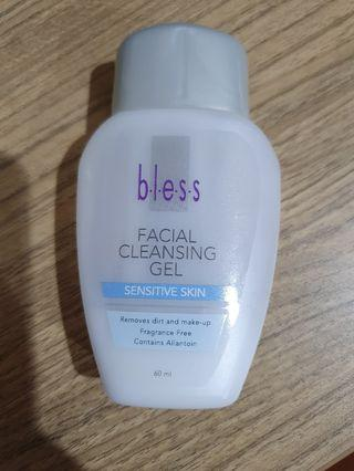 Facial cleansing gel merk bless