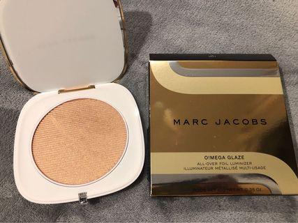 Marc Jacobs O!mega highlighter