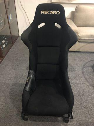 Original Recaro spg bucket seat with fd rail