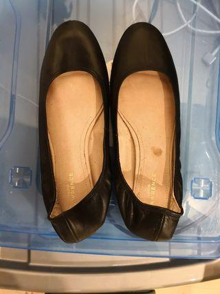 David lawrence size 37 flats