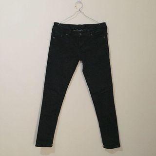 Celana jeans hitam JJ JEANS