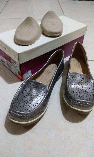 Sepatu Wanita Formil / Non Formil