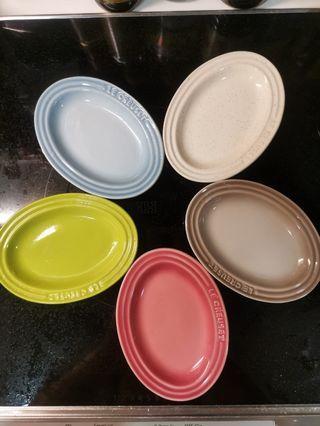 Le Creuset mini oval plates 小橢圓碟 set of 5