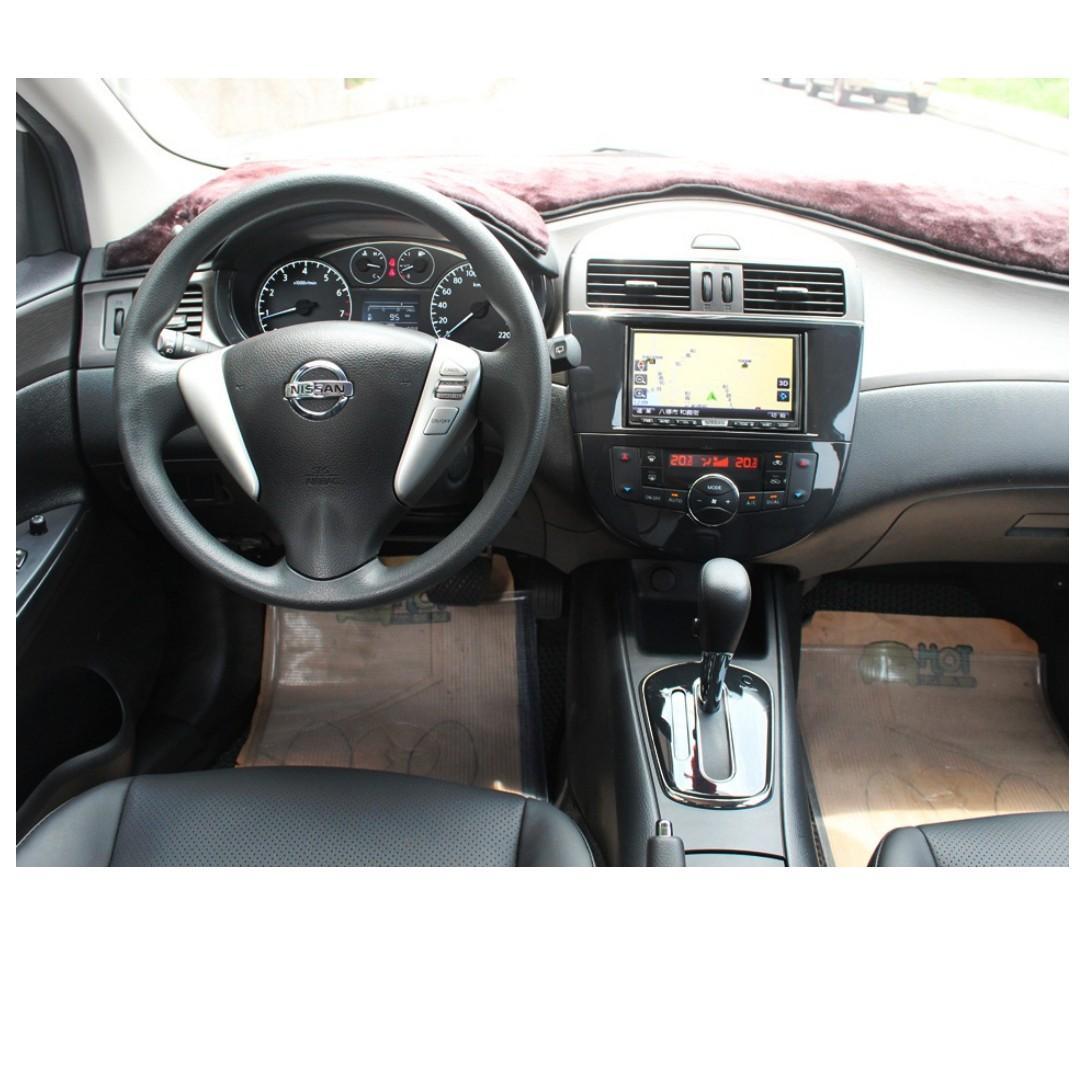 2012 Nissan Tiida 1.6 白 配合全額貸、找錢超額貸 FB搜尋 : 『阿文の圓夢車坊』