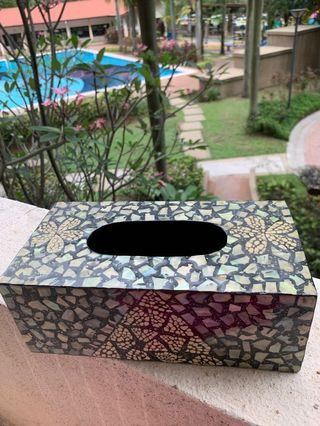Mother of pearl tissue box cover