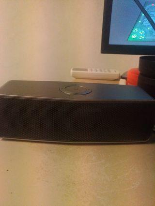 LG music floe Bluetooth Speaker
