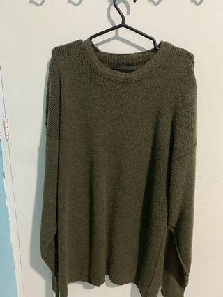 Green knitted winter top
