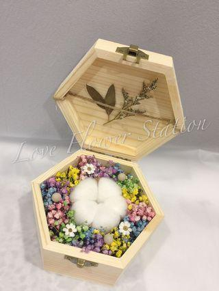 Small Wooden Box With Preserved Rose & Dried Baby Breath/ Graduation Flower/ Birthday Gift Idea / Preserved Rose/ Dried Baby Breath