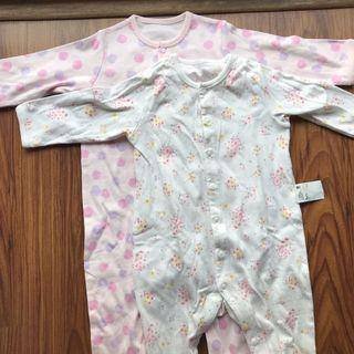 Uniqlo baby bodysuit (2pcs)