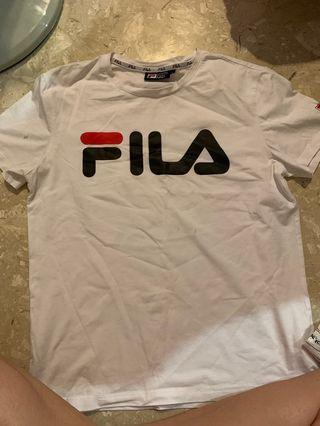 🚚 Fila shirt