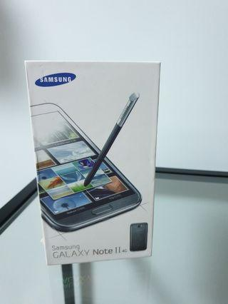 Samsung Note 2 Box + Charging plug & cable