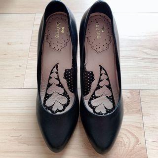 🚚 專櫃da0108黑色氣墊舒適高跟鞋