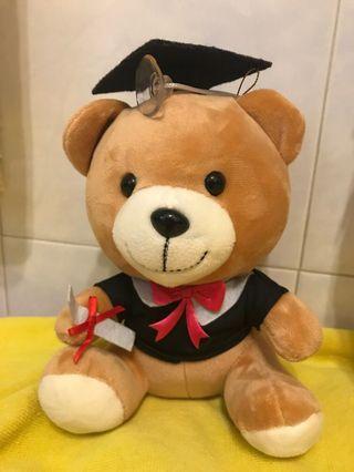 全新啤啤熊畢業公仔