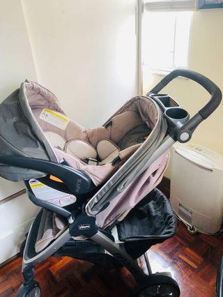 Chicco Bravo Stroller we buy from Mothers care shop 80% New I buy about 5400 HKD but Now we want to sell🎉only 1600HKD This stroller very good and safety for New Born Baby to the children.Full options with baby car seat