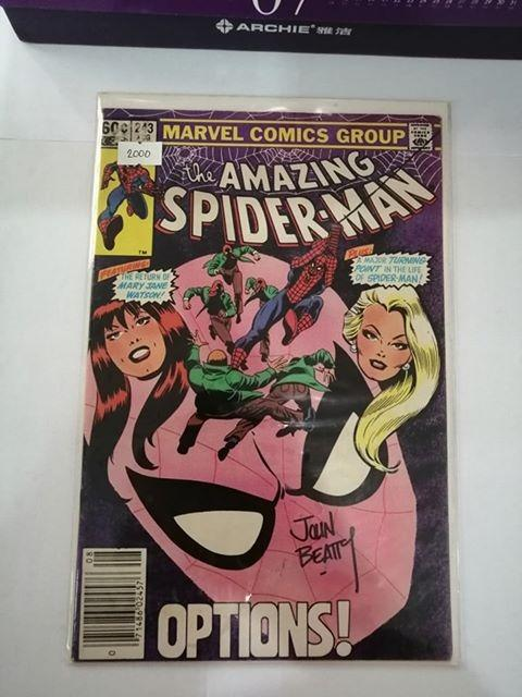Amazing Spider-Man (1963 1st Series) #243 with Signature 50% OFF!! From 4000 down to 2000 pesos only.