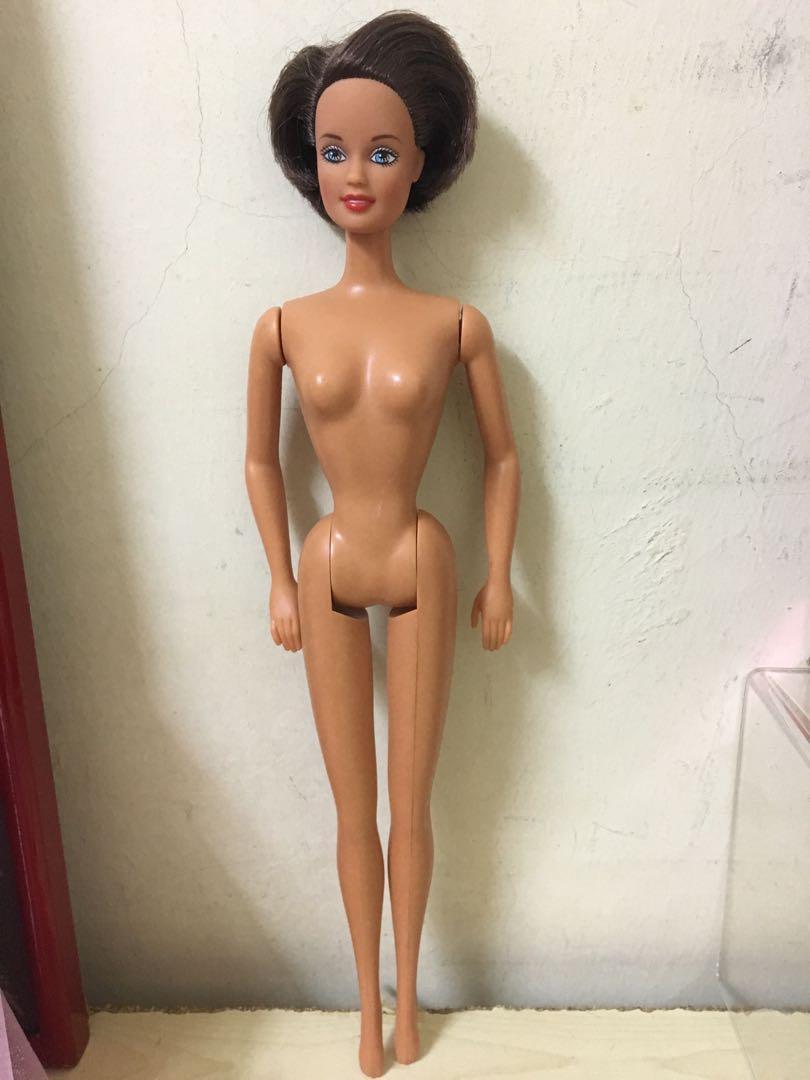 Barbie Doll Vintage Short Hair